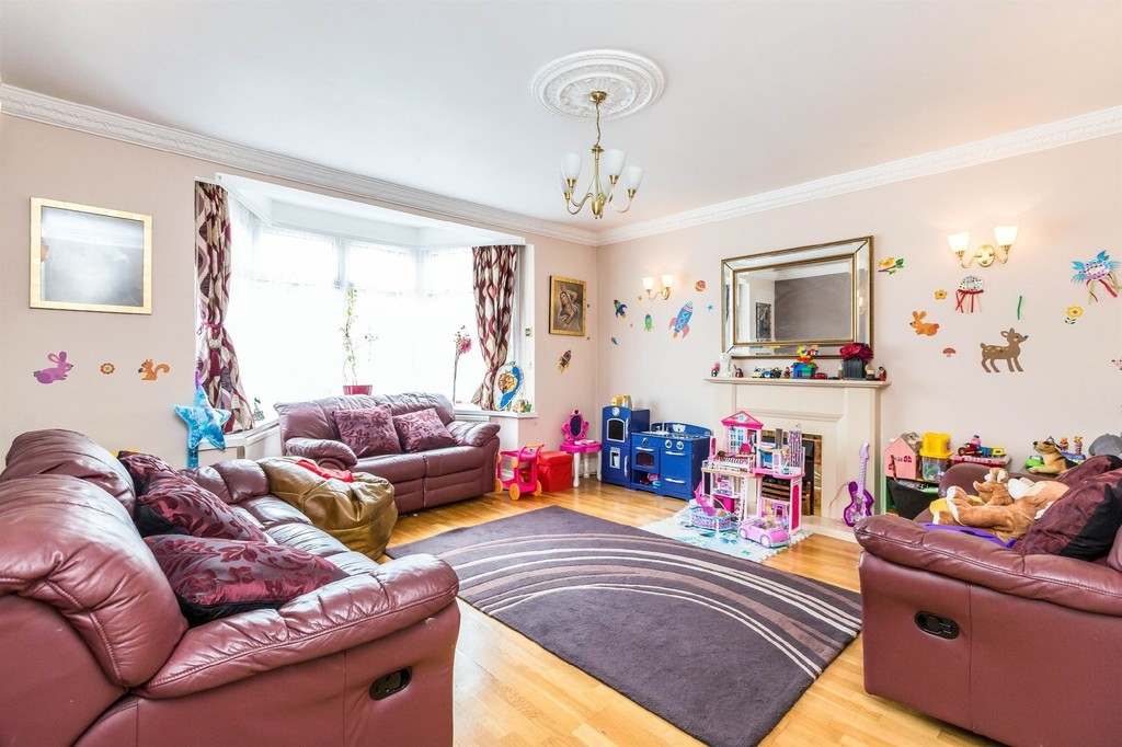 Image 3/15 of property  Anderton Park Road, Moseley, B13 9DS