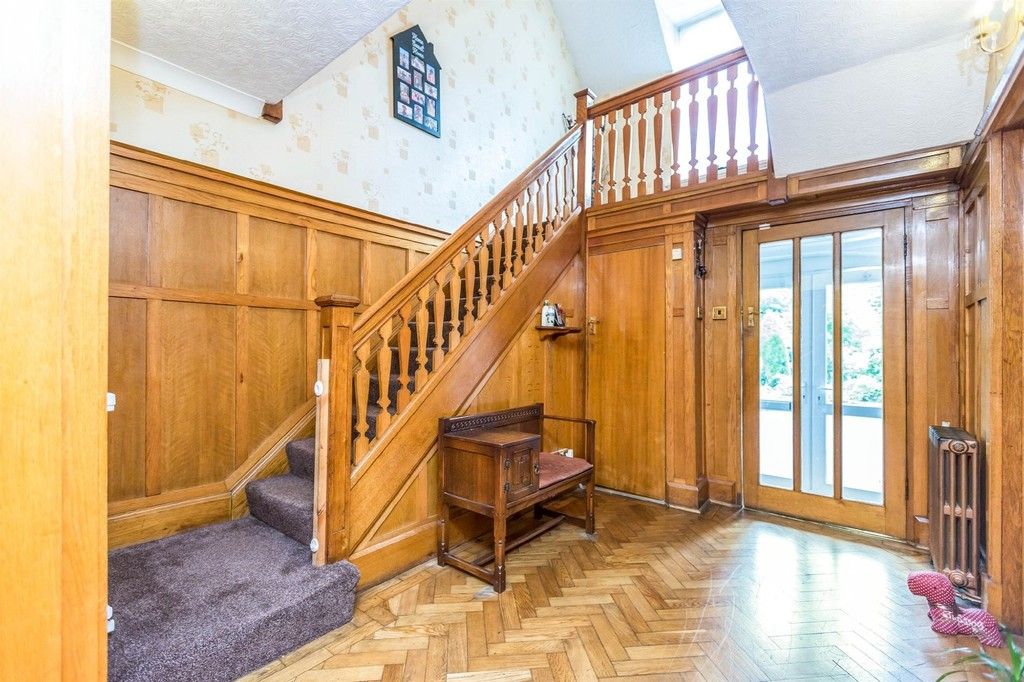 Image 12/15 of property  Anderton Park Road, Moseley, B13 9DS