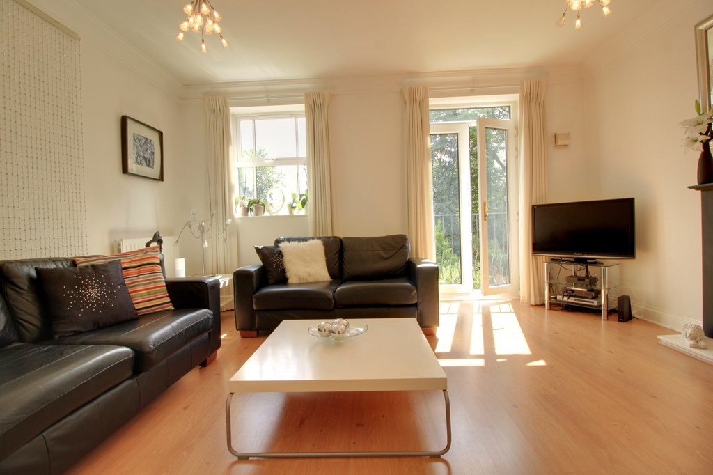 Image 2/15 of property Courtlands Close, Edgbaston, B5 7XA