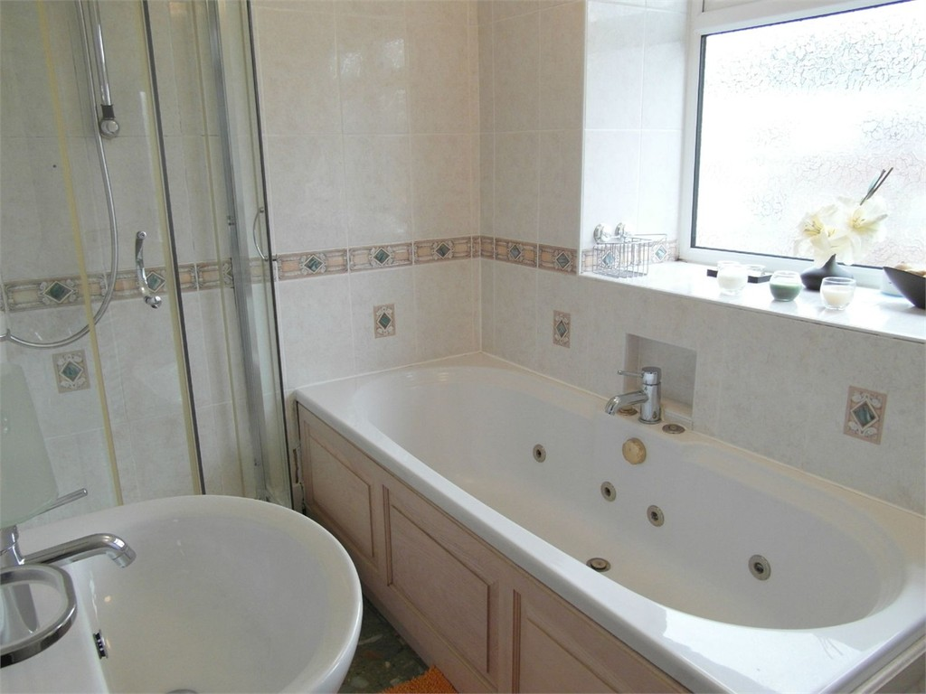 Image 5/10 of property Wilsford Green, 10 Oak Hill Drive, Edgbaston, West Midlands