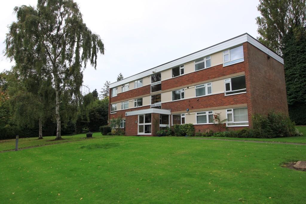Wilsford Green 10 Oak Hill Drive
