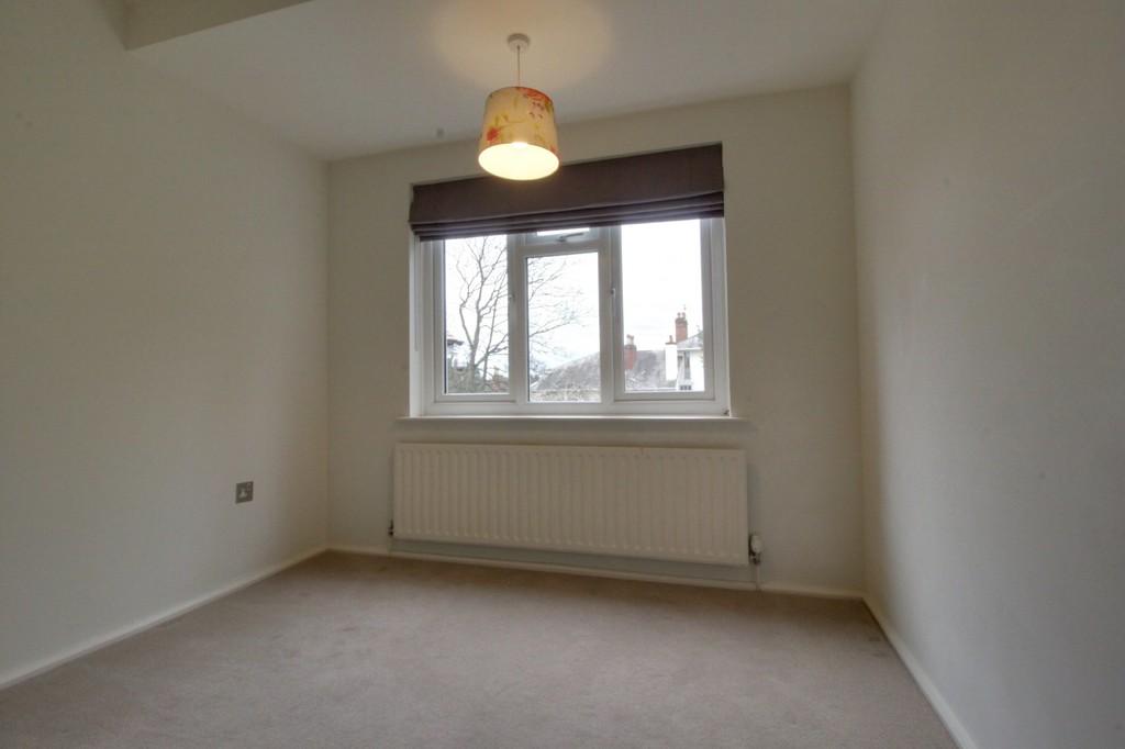 Image 15/22 of property St. James Road, Edgbaston, B15 2NX