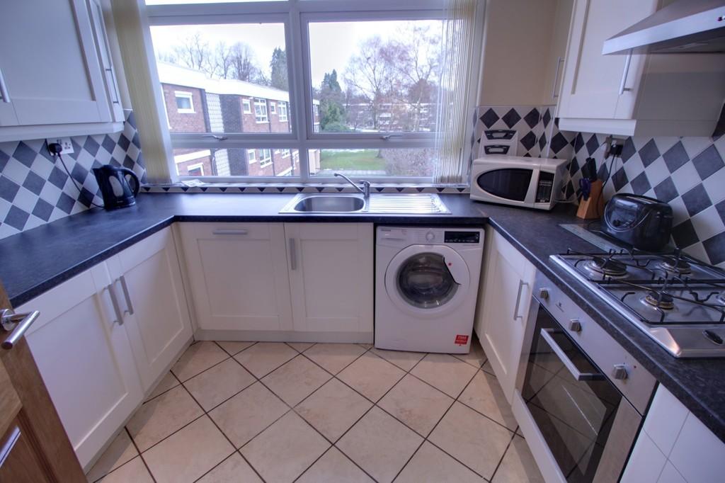 Image 3/8 of property Woodbourne Apartments, Augustus Road, Edgbaston, B15 3PJ