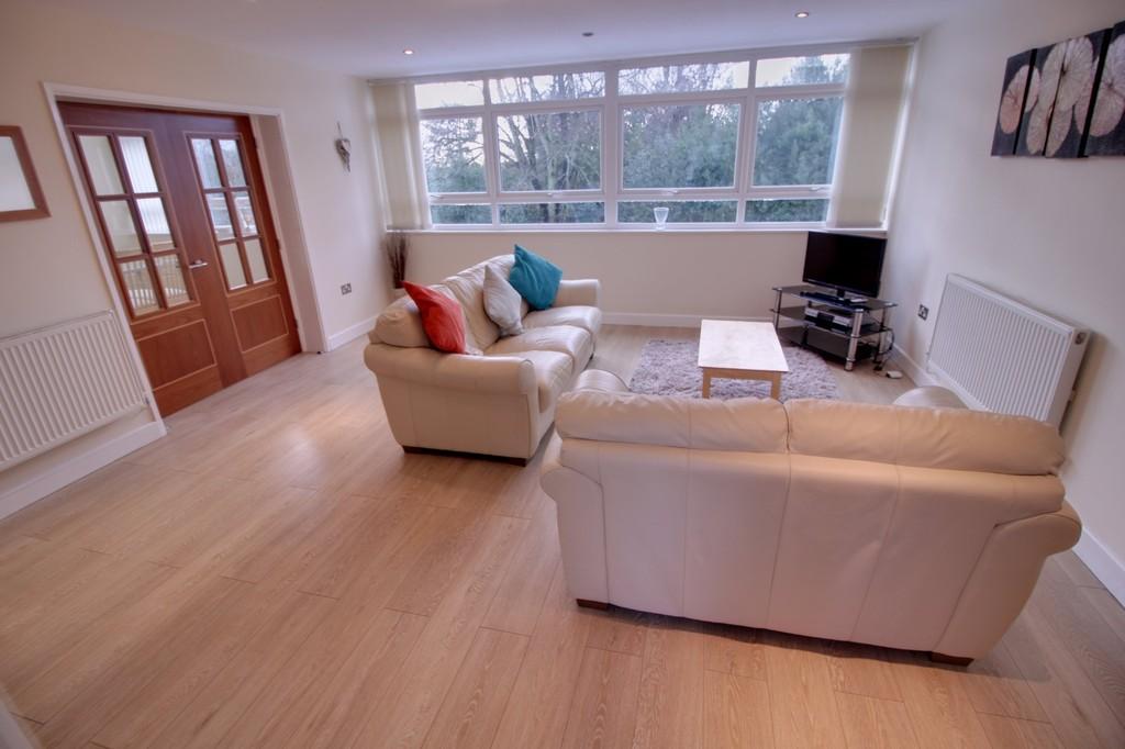 Image 1/8 of property Woodbourne Apartments, Augustus Road, Edgbaston, B15 3PJ