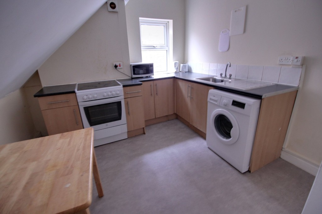 Image 2/5 of property 115 Summerfield Crescent, Edgbaston, B16 0EN