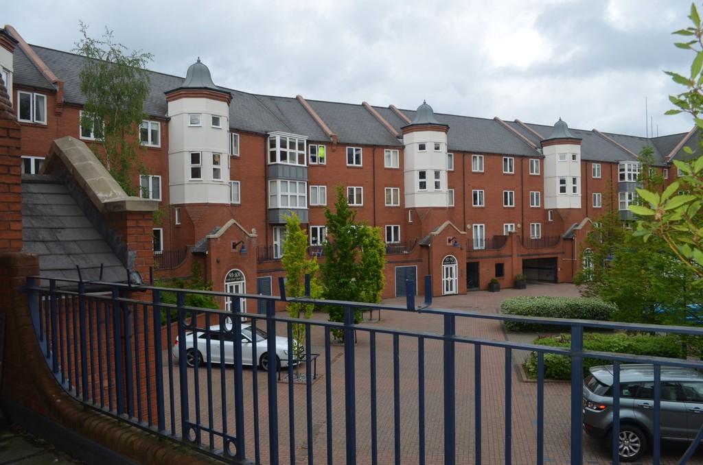 Image 4/12 of property Symphony Court, Brindley Place, Birmingham, B16 8AG