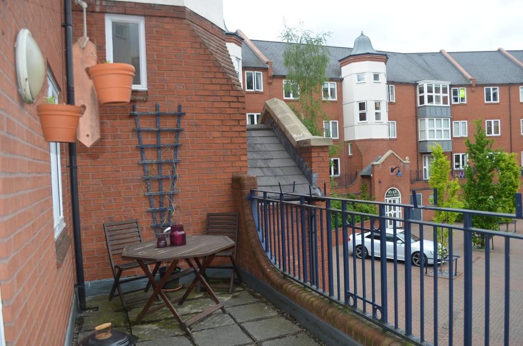 Image 7/12 of property Symphony Court, Brindley Place, Birmingham, B16 8AG
