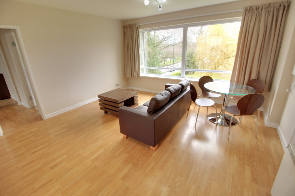 Image 1/10 of property Elmwood Court, Pershore Road, Birmingham, B5 7PB