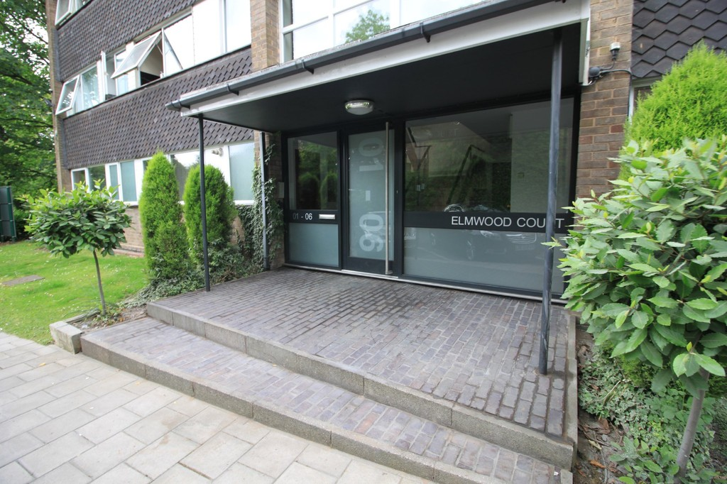 Image 9/10 of property Elmwood Court, Pershore Road, Birmingham, B5 7PB