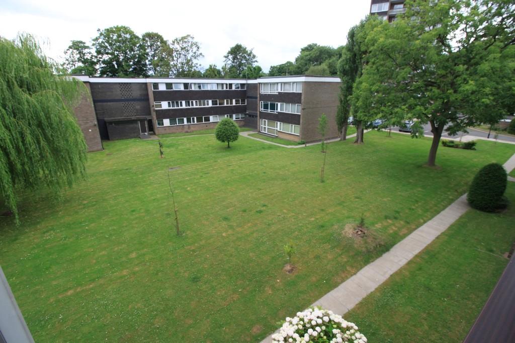 Image 10/10 of property Elmwood Court, Pershore Road, Birmingham, B5 7PB