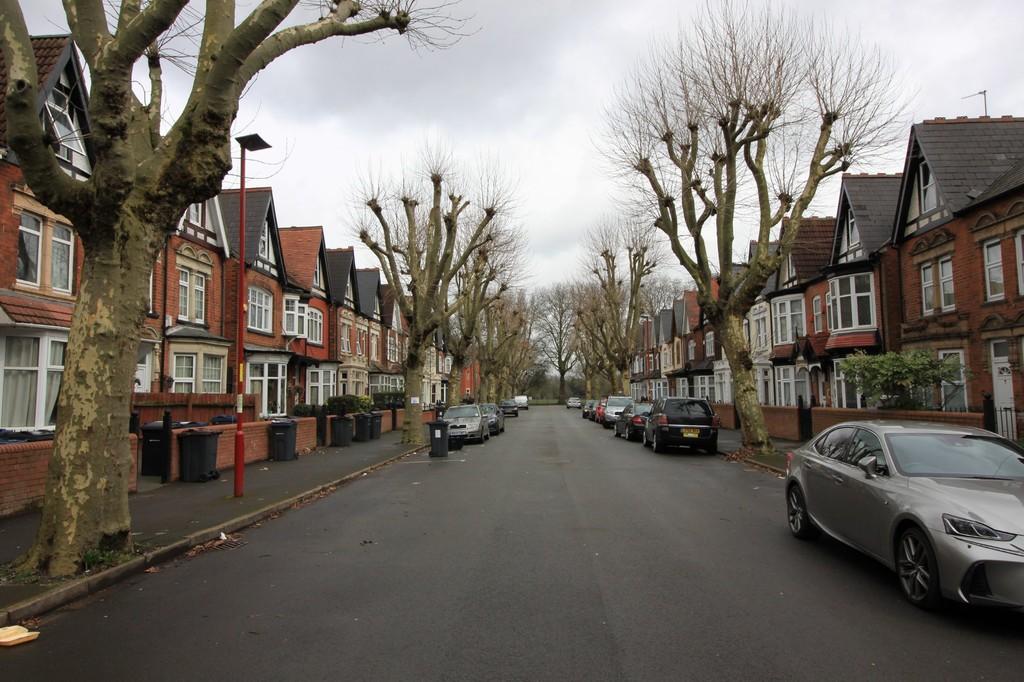 Image 2/3 of property Hallewell Road, Birmingham, B16 0LR