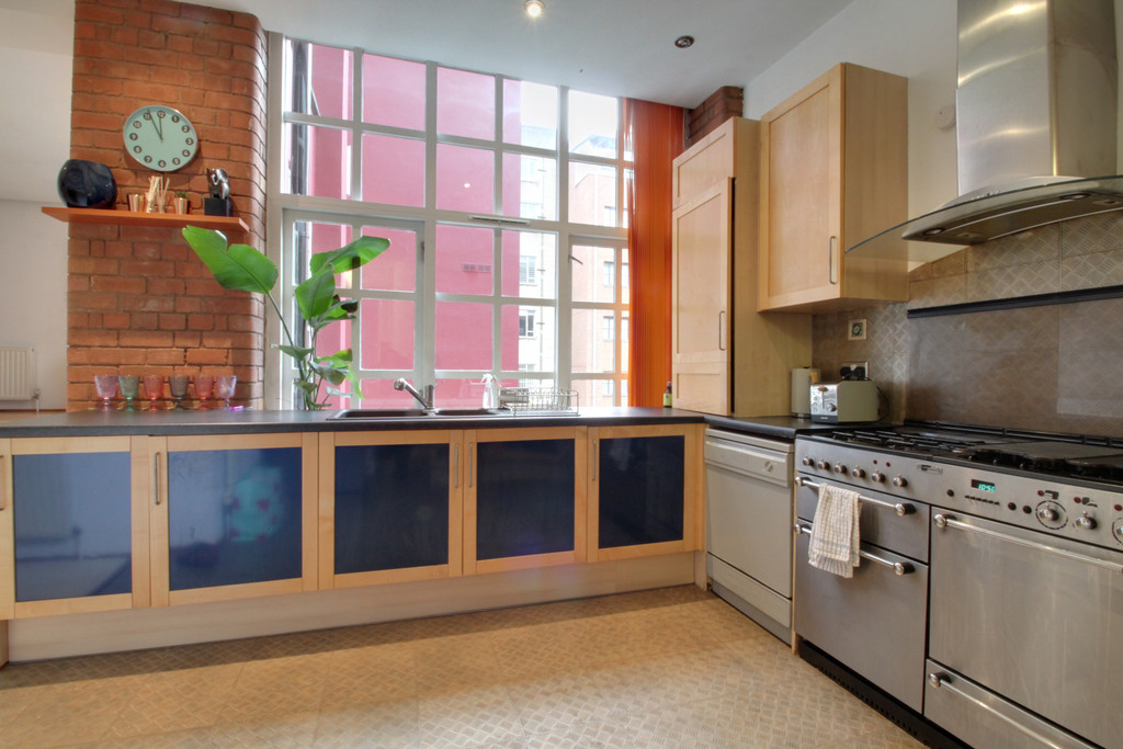 Image 8/11 of property Ludgate Lofts Apartments, 17 Ludgate Hill, B3 1DW