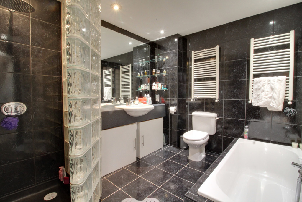 Image 11/11 of property Ludgate Lofts Apartments, 17 Ludgate Hill, B3 1DW