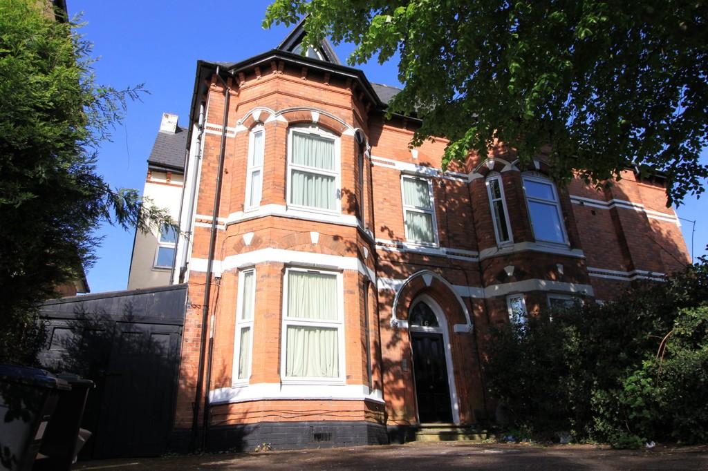 Image 1/4 of property 16 Rotton Park Road, Edgbaston, B16 9JJ