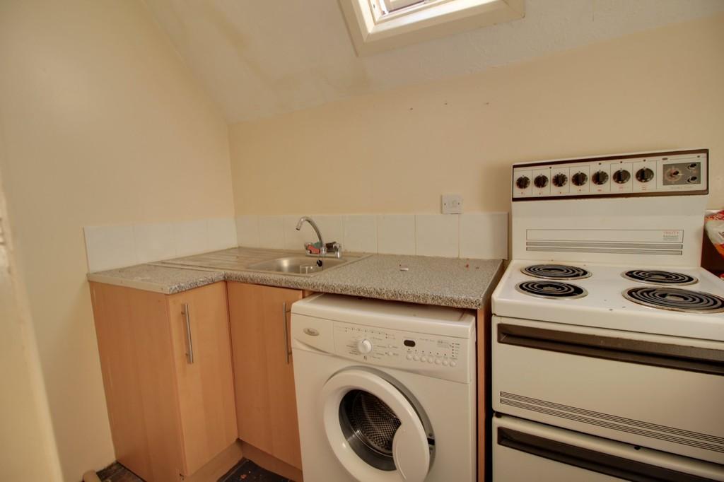 Image 2/4 of property 16 Rotton Park Road, Edgbaston, B16 9JJ