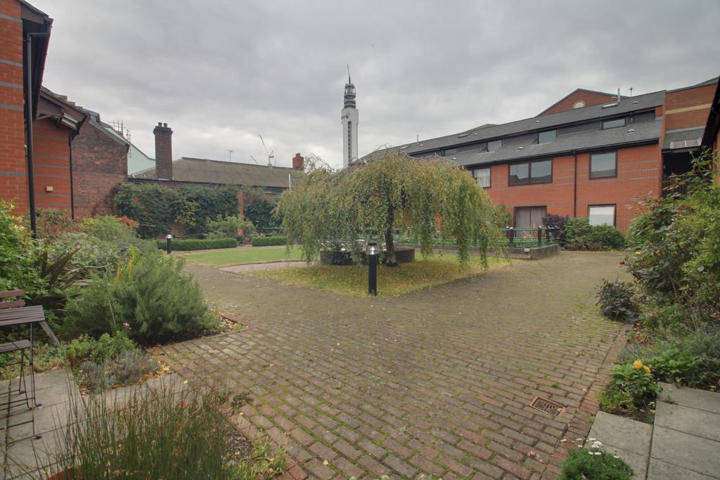 Image 7/7 of property Queens Court, 15 Cox Street, Birmingham, B3 1RD
