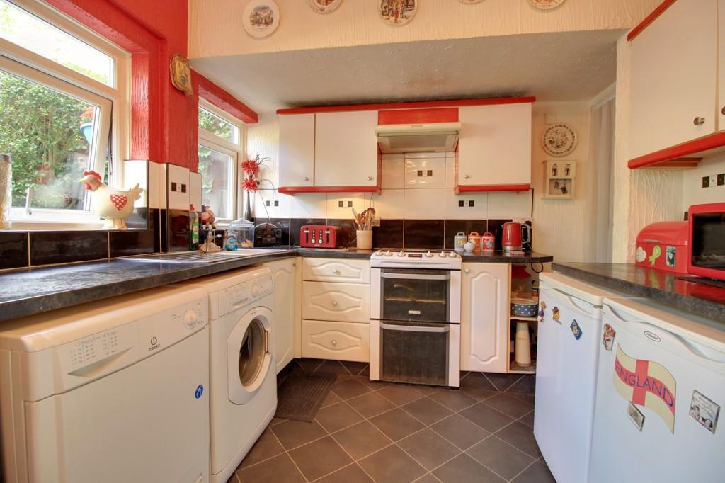 Image 6/15 of property Sir Hiltons Road, Northfield, B31 3NP