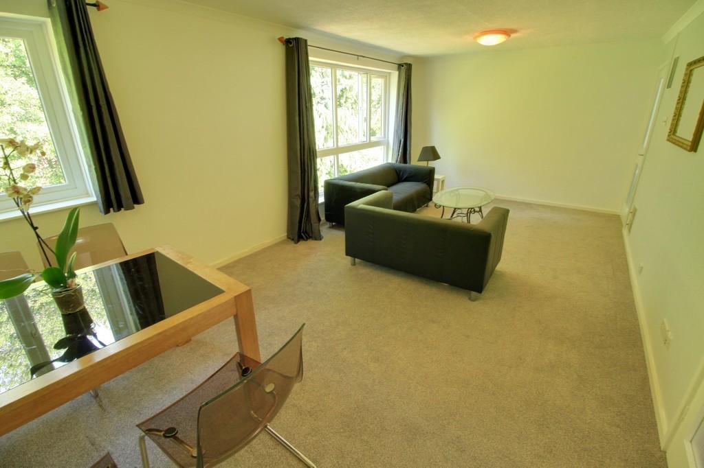 Image 5/9 of property Wilsford Green, 10 Oak Hill Drive, Edgbaston, B15 3UG