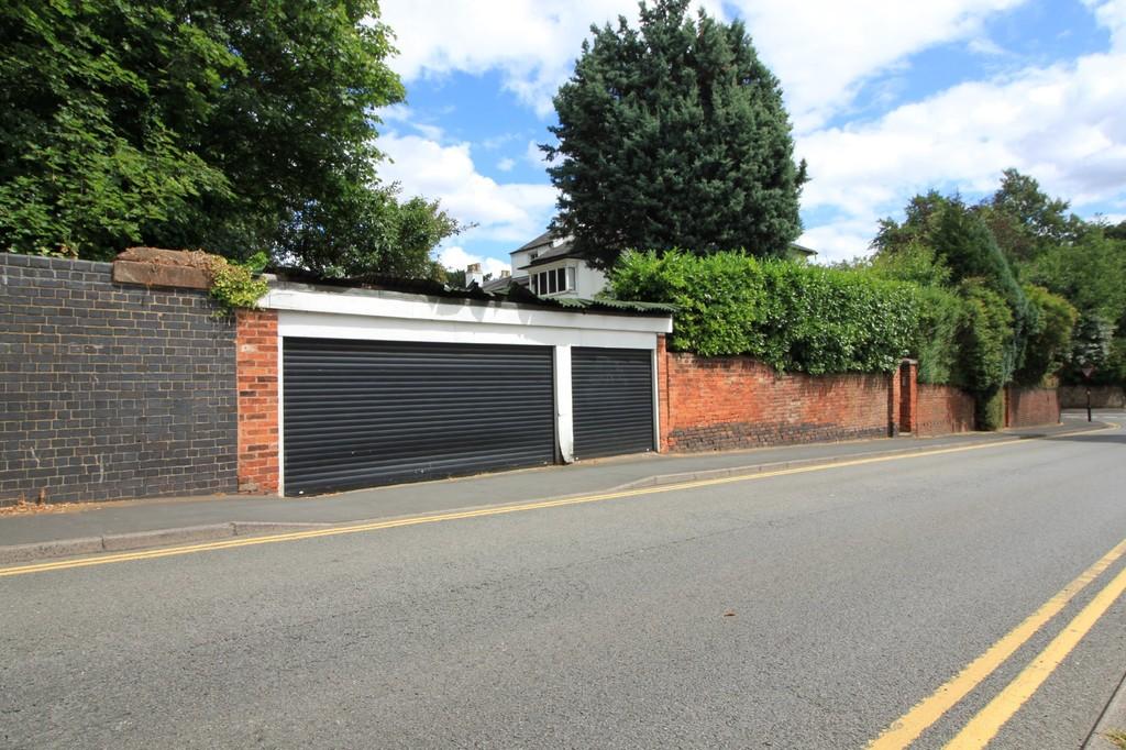 Image 13/15 of property St. James Road, Edgbaston, B15 1JR