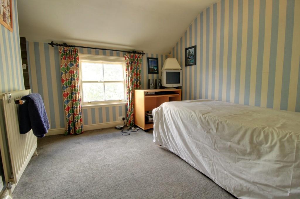 Image 11/15 of property St. James Road, Edgbaston, B15 1JR