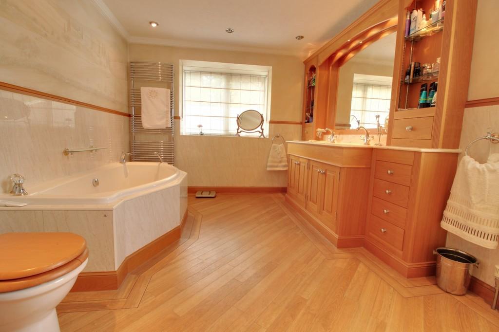 Image 8/15 of property St. James Road, Edgbaston, B15 1JR