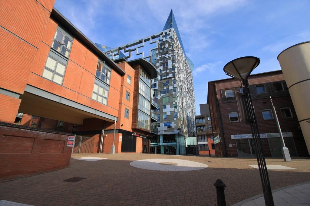 Image 13/13 of property Canal Wharf, Waterfront Walk, Birmingham, B1 1SW
