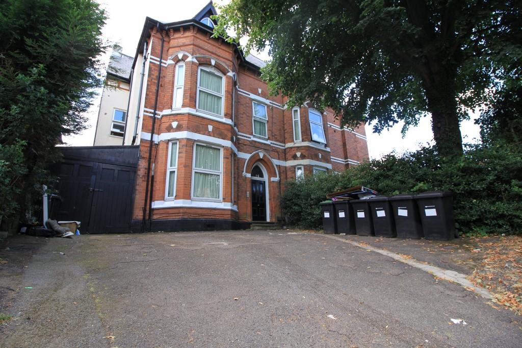Image 1/4 of property Rotton Park Road, Birmingham, B16 9JJ
