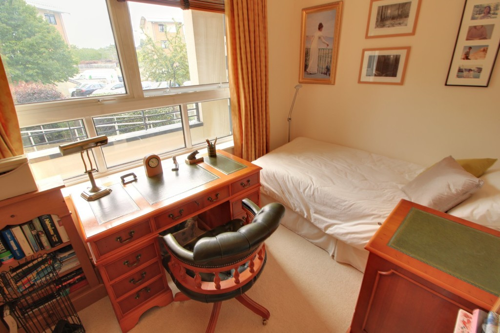 Image 7/11 of property Yew Tree Road, Moseley, B13 8NQ