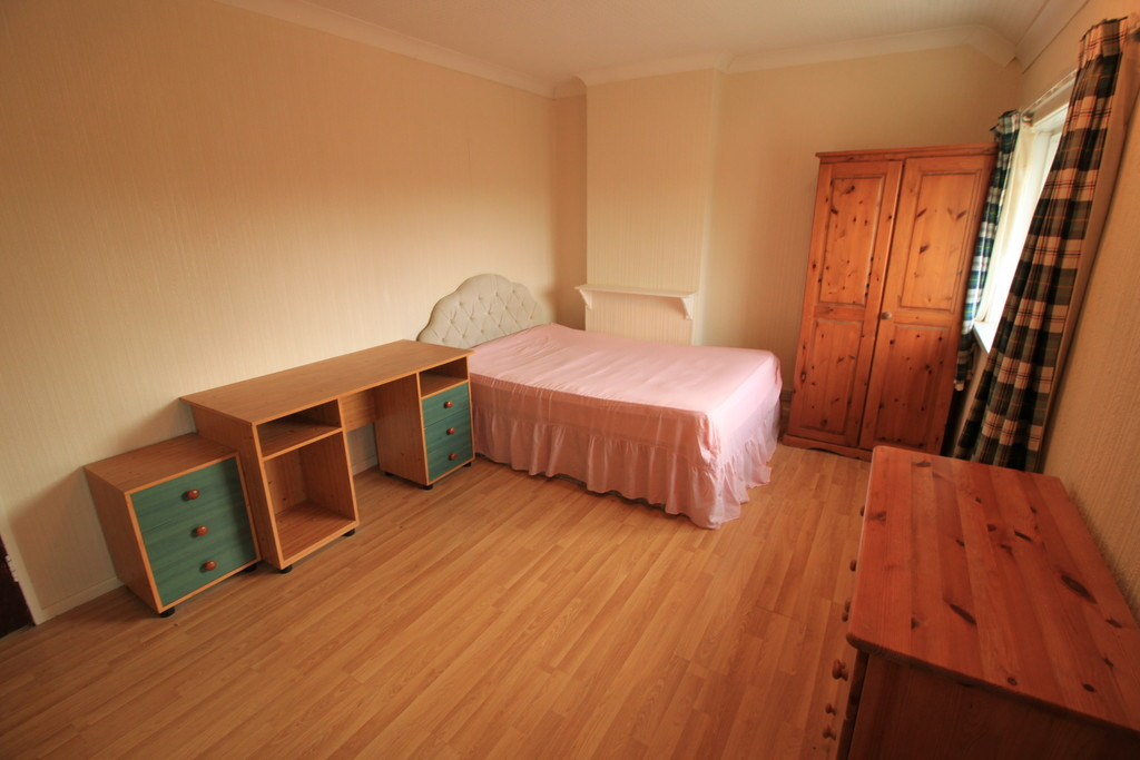 Image 7/10 of property Kenwick Road, Birmingham, B17 0QP