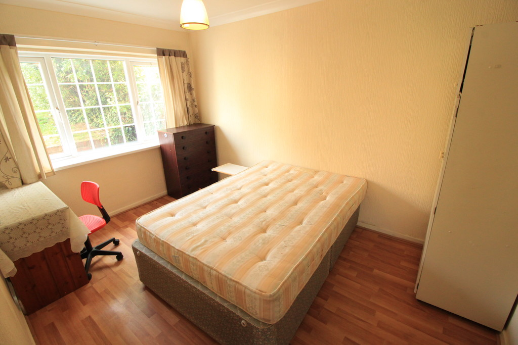Image 6/10 of property Kenwick Road, Birmingham, B17 0QP