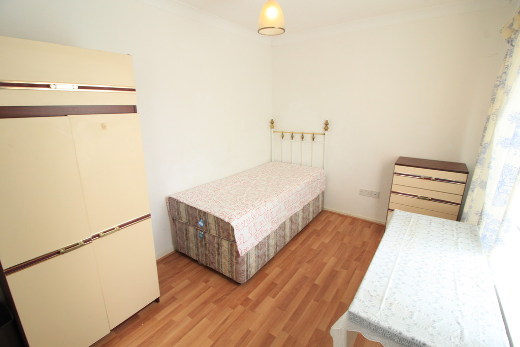 Image 9/10 of property Kenwick Road, Birmingham, B17 0QP
