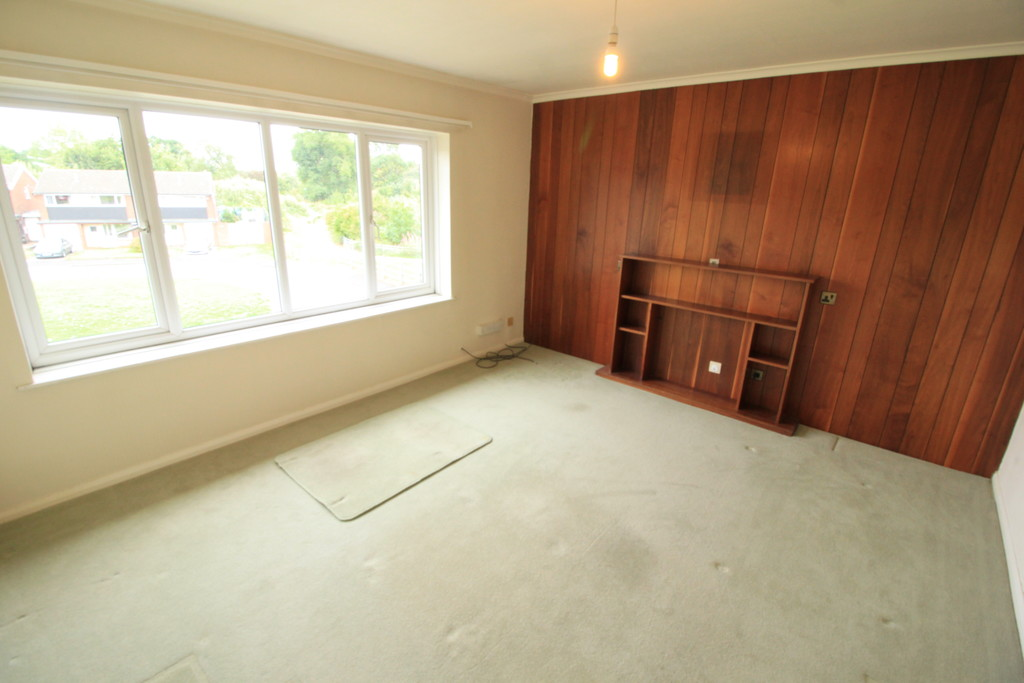 Image 4/6 of property Arosa Drive, Harborne, B17 0SD