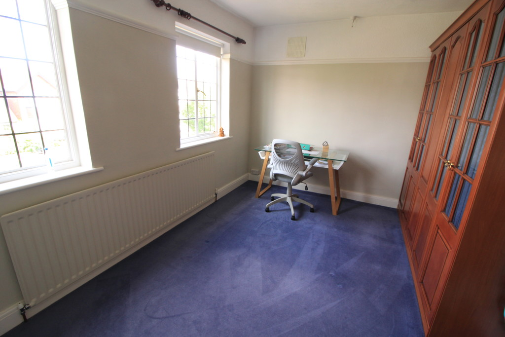 Image 6/9 of property Knightlow Road, Birmingham, B17 8PX