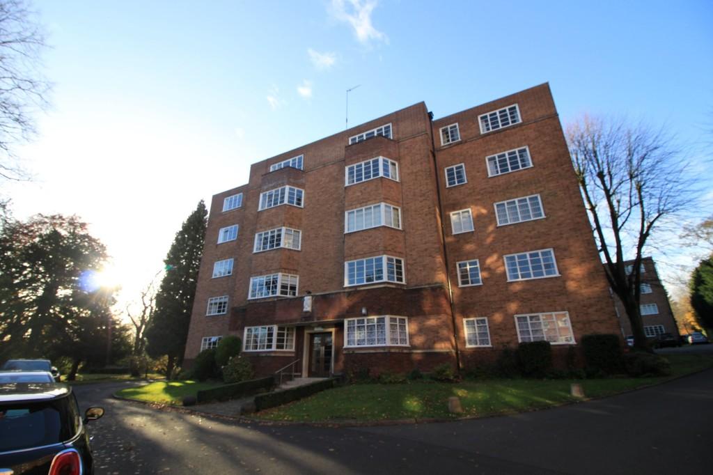 Image 1/10 of property Viceroy Close, Edgbaston, B5 7US