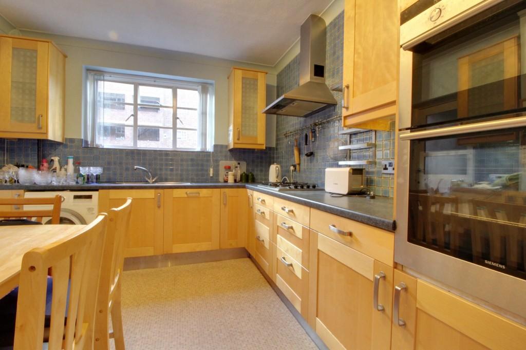 Image 2/10 of property Viceroy Close, Edgbaston, B5 7US