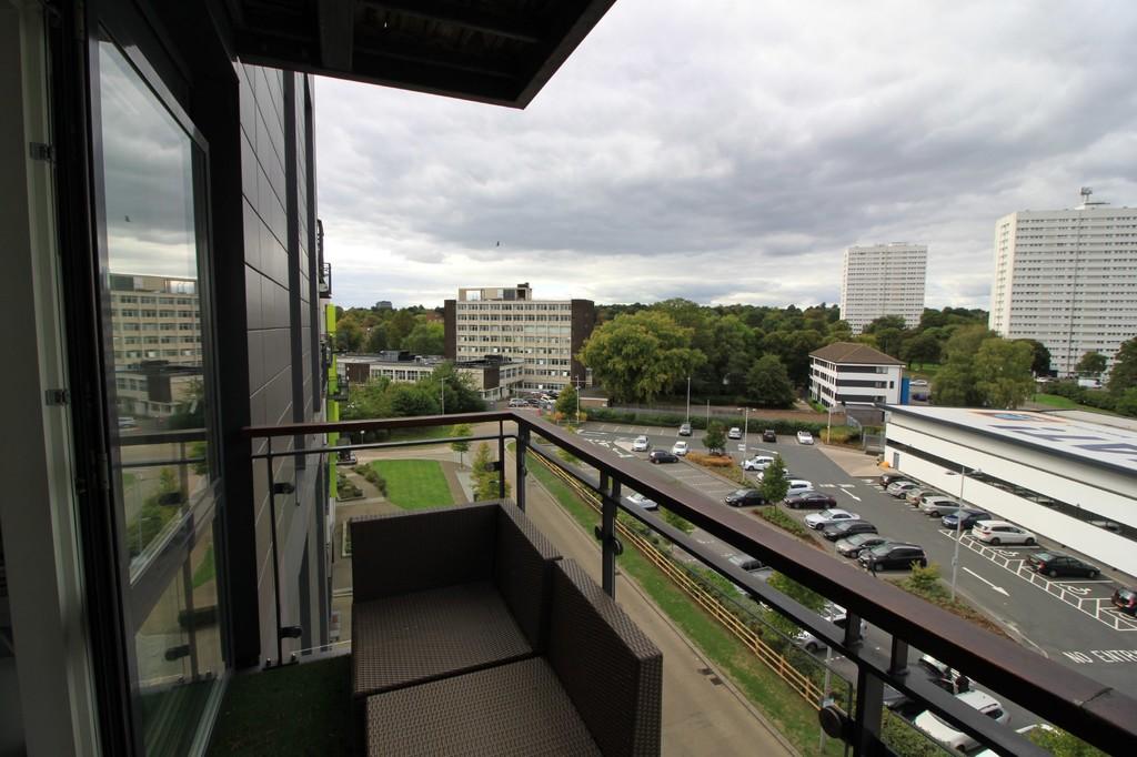 Image 5/9 of property Edgbaston Crescent, Edgbaston, B5 7RJ