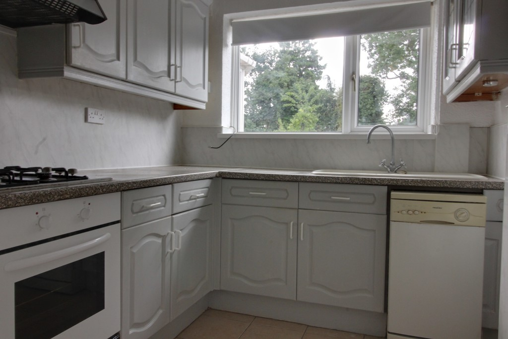 Image 5/11 of property Charlecote Croft, Shirley, Solihull, B90 4DP