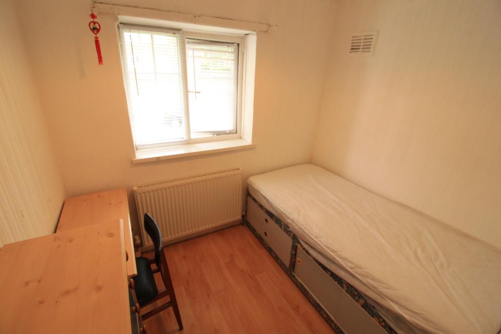Image 6/8 of property Ferncliffe Road, Birmingham, B17 0QG