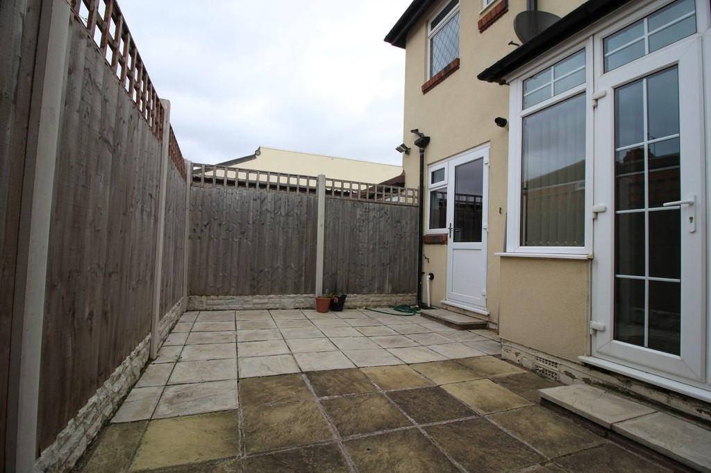 Image 4/13 of property Wolverhampton Road, Oldbury, B68 0LR