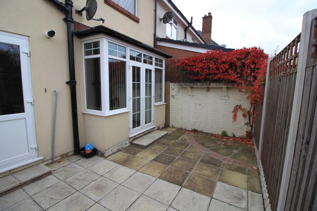 Image 11/13 of property Wolverhampton Road, Oldbury, B68 0LR