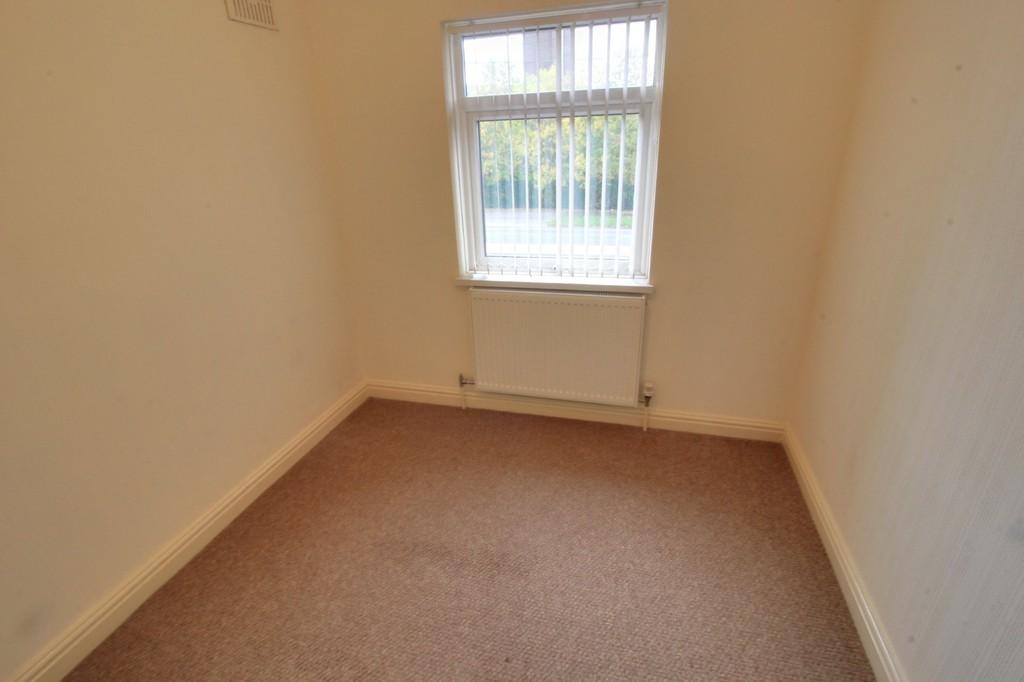 Image 8/13 of property Wolverhampton Road, Oldbury, B68 0LR