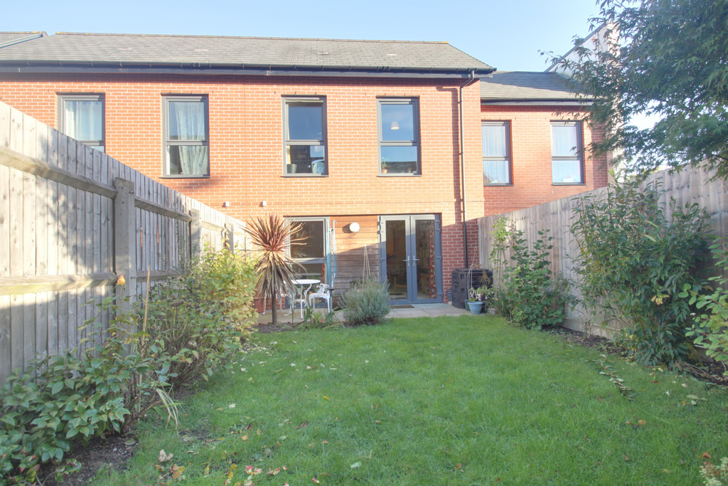 Image 11/12 of property Windrush Grove, Edgbaston, Birmingham, B15 2DL