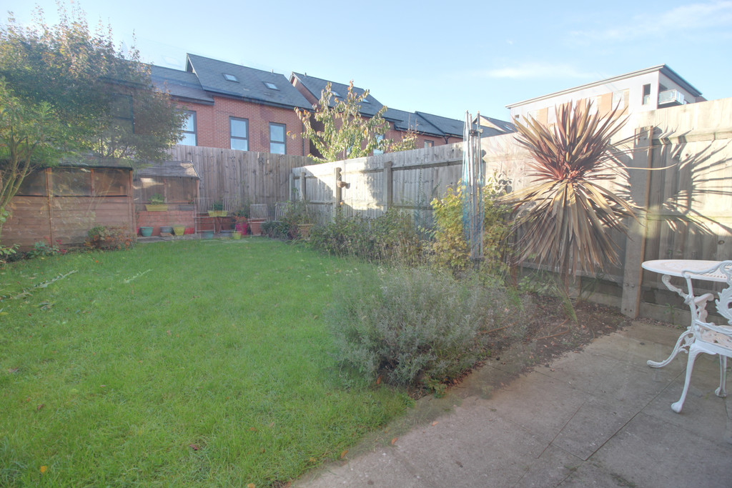 Image 12/12 of property Windrush Grove, Edgbaston, Birmingham, B15 2DL