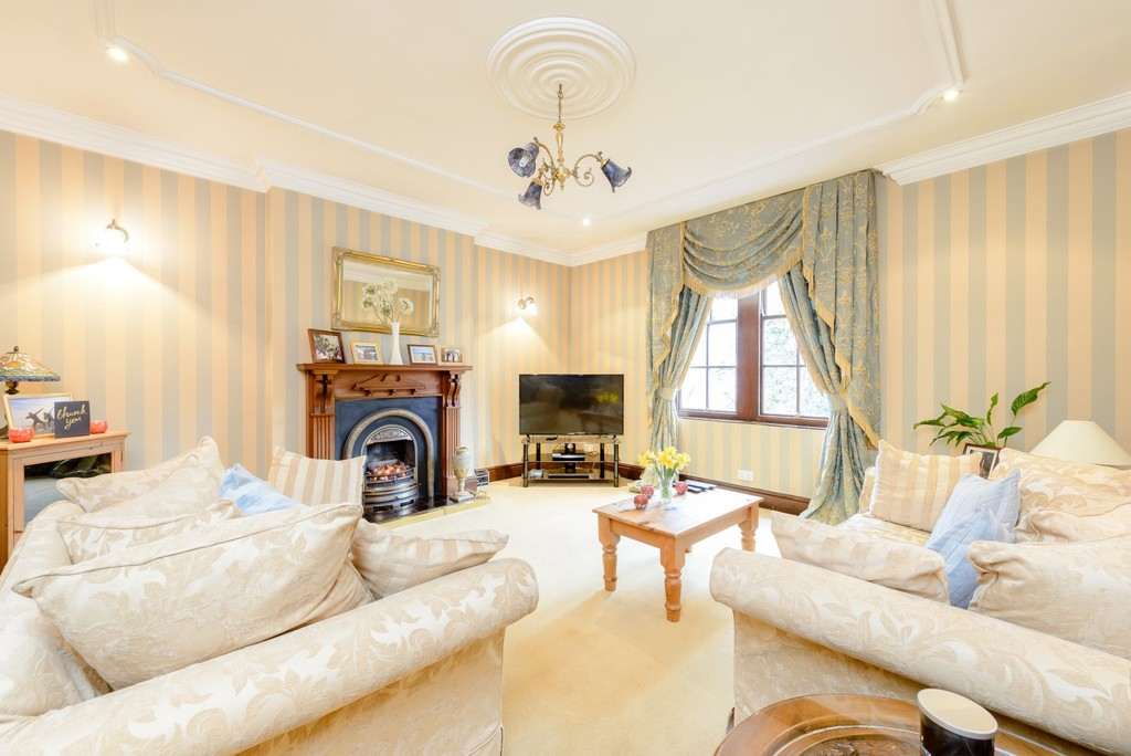 Image 10/19 of property Rotton Park Road, Edgbaston, B16 9JH