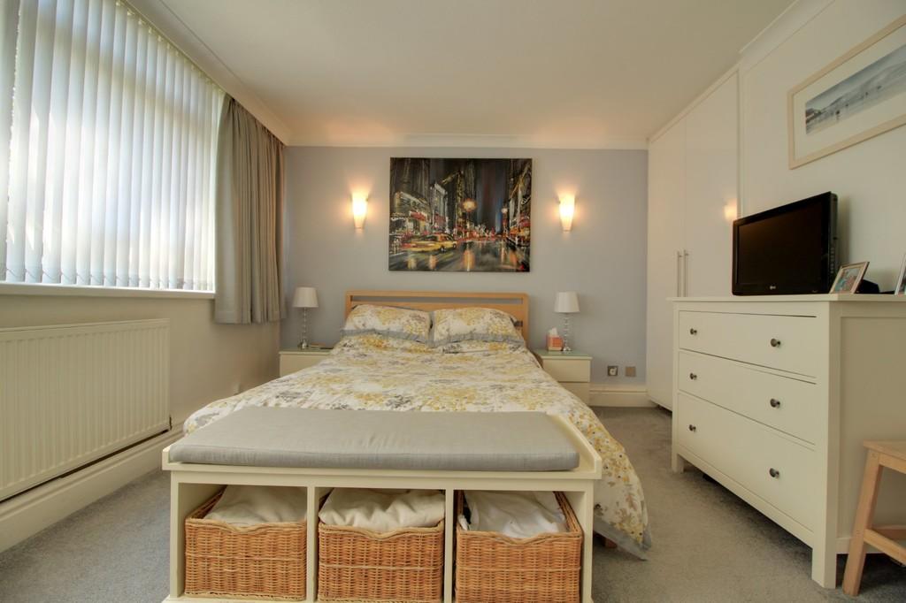 Image 3/11 of property Woodbourne Apartments, Edgbaston, B15 3PH