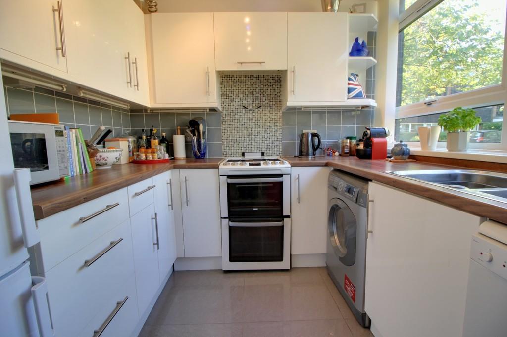 Image 8/11 of property Woodbourne Apartments, Edgbaston, B15 3PH