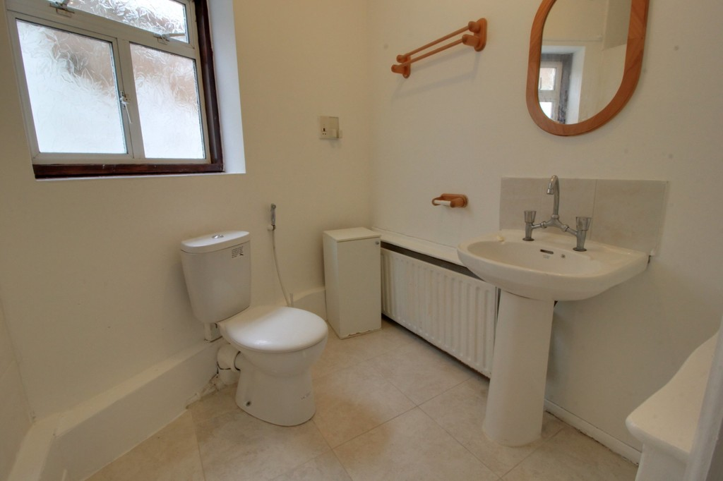 Image 10/14 of property Widney Avenue, Selly Oak, B29 6QE