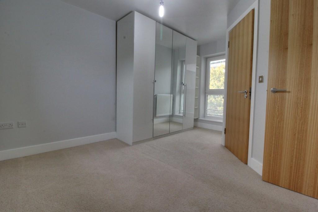 Image 4/9 of property Windrush Grove, Edgbaston, Birmingham, B15 2DL