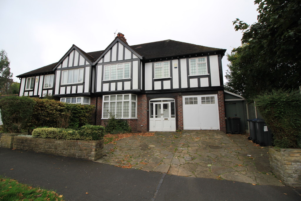 Image 1/9 of property Manor Road North, Birmingham, B16 9JS