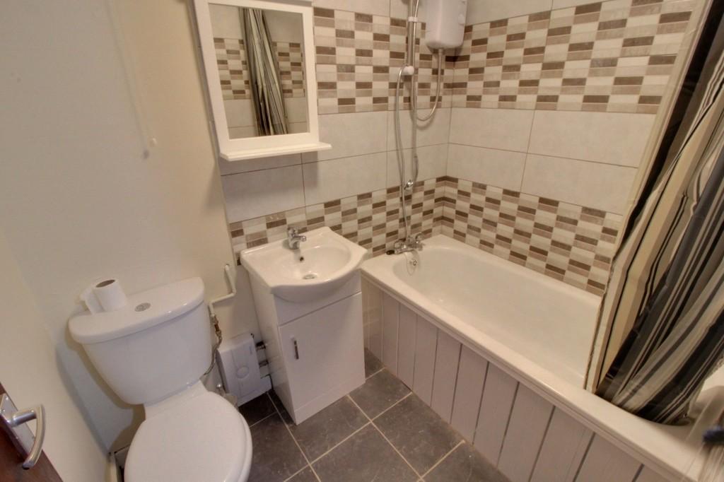 Image 4/5 of property St. Matthews Road, Smethwick, B66 3TN